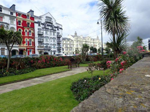 Strandpromenaden i Douglas.