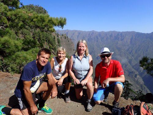 Vi kom upp på toppen tillslut och fick njuta god matsäck och häftig utsikt.