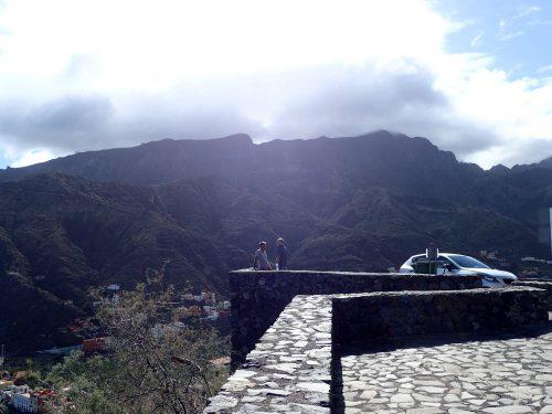 Vi hyrde bil med Carin och Benke och körde runt på ön. La Gomera liknar La Palma, fast i miniformat. Vackra dalar och snirkliga vägar.