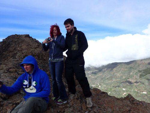 Uppe vid Roque Nublo var det fin utsikt men blåste väldigt kallt.