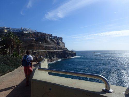 Strandpromenaden mellan Amadores och Puerto Rico.