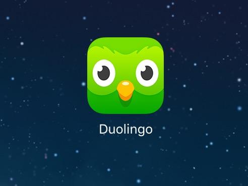 Duolingo är en gratis spanskakurs på nätet (finns även andra språk) som vi lagt på Ipaden. Jättebra upplägg på en enkel nivå med upprepningar och bilder. Jag försöker sitta 10 minuter om dagen - och vips så snappar man lite fler ord 👍