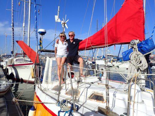 """Vi träffade Per och Anne på stålbåten Isis. Per har skrivit boken """"Bönbok för sjöfarare"""" som vi har läst högt ur förut. Det var kul att få lära känna författaren lite bättre."""